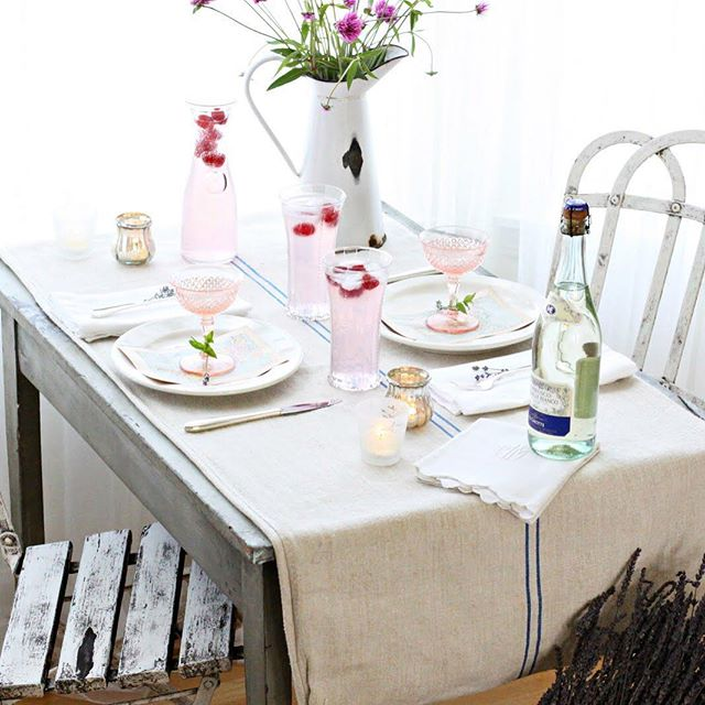 It's all about the fresh flowers and delicate cocktails. Perfect romantic table for two this valentines by @frenchlarkspur. Ready for a romantic breakfast with my sweetie. Sending you and your loved one warm wishes. #tablesetting #table #valentine #valentines #valentines2016 #decor #mystyle #accessories #tabledecor #interior #interiors #interiordecor #interiordesign #interiorstylist #frenchcountry #romance #portlandinteriordesign #instastyle #instadesign #instainteriors #instaportland #portland #dining #diningroom #diningtable #breakfast #cocktails #cocktail #cocktailhour