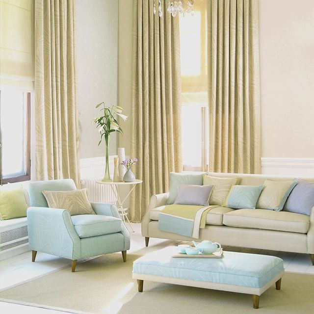 This room turned out beautifully. Loving the pastels with the neutral tones. 💛💛💛 #accessories #pastel #pastels #interior #interiors #interiordecor #interiordesign #instastyle #instadesign #interiorstylist #instaportland #instainteriors #livingroom #glam #couture #mystyle #revivaldesign #livingroomdecor #livingroomdesign #portlandinteriordesign #portland #creativity #decor #homedesign #luxury #oneofakind #customupholstery #customfurniture
