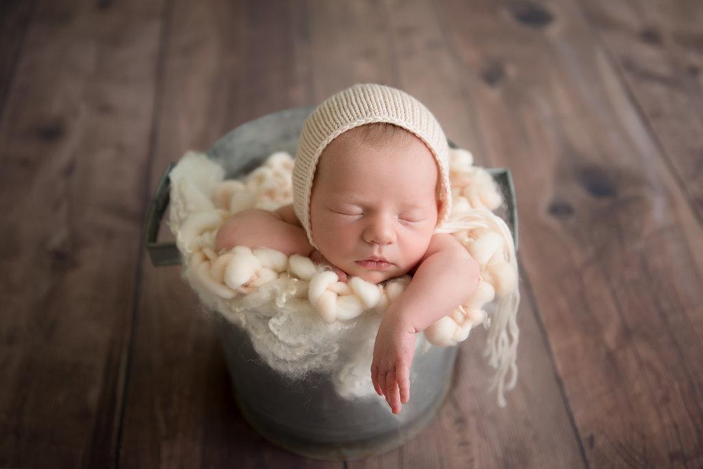 seattle newborn photographer seattle best baby photographers seattle newborn baby girl session newborn photography studio