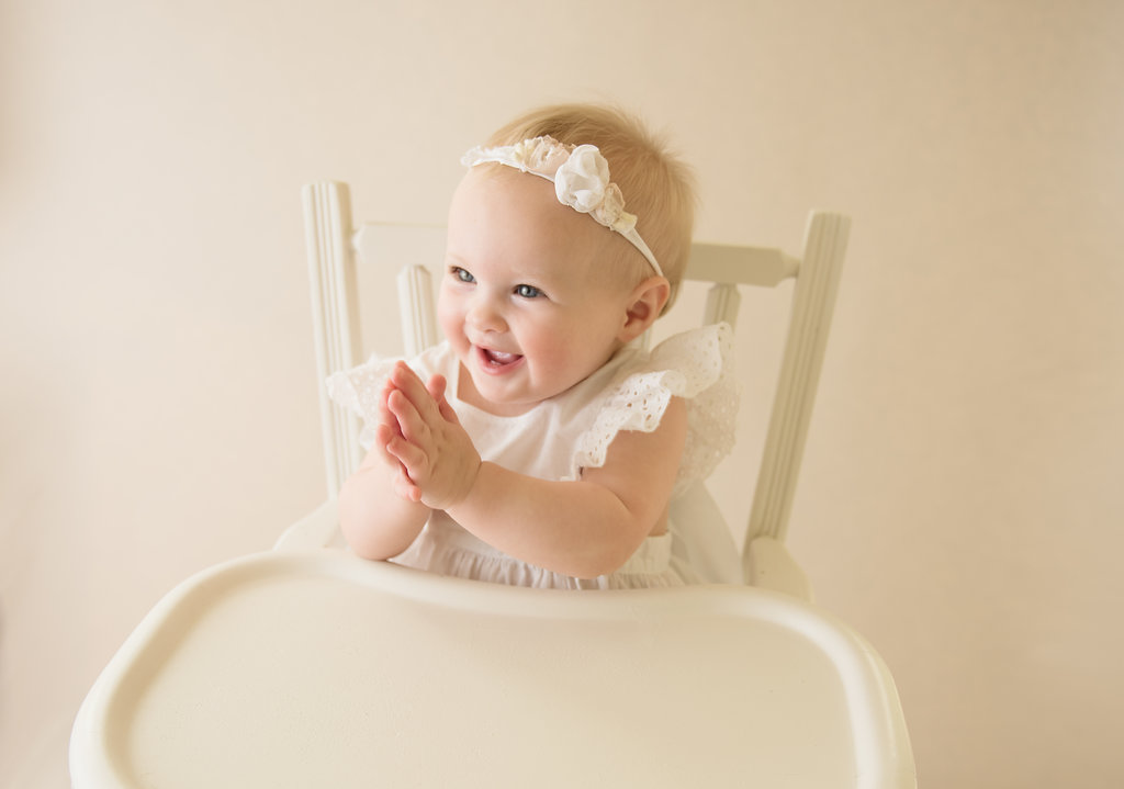 seattle milestone photographer one year milestone session baby girl highchair vintage highchair