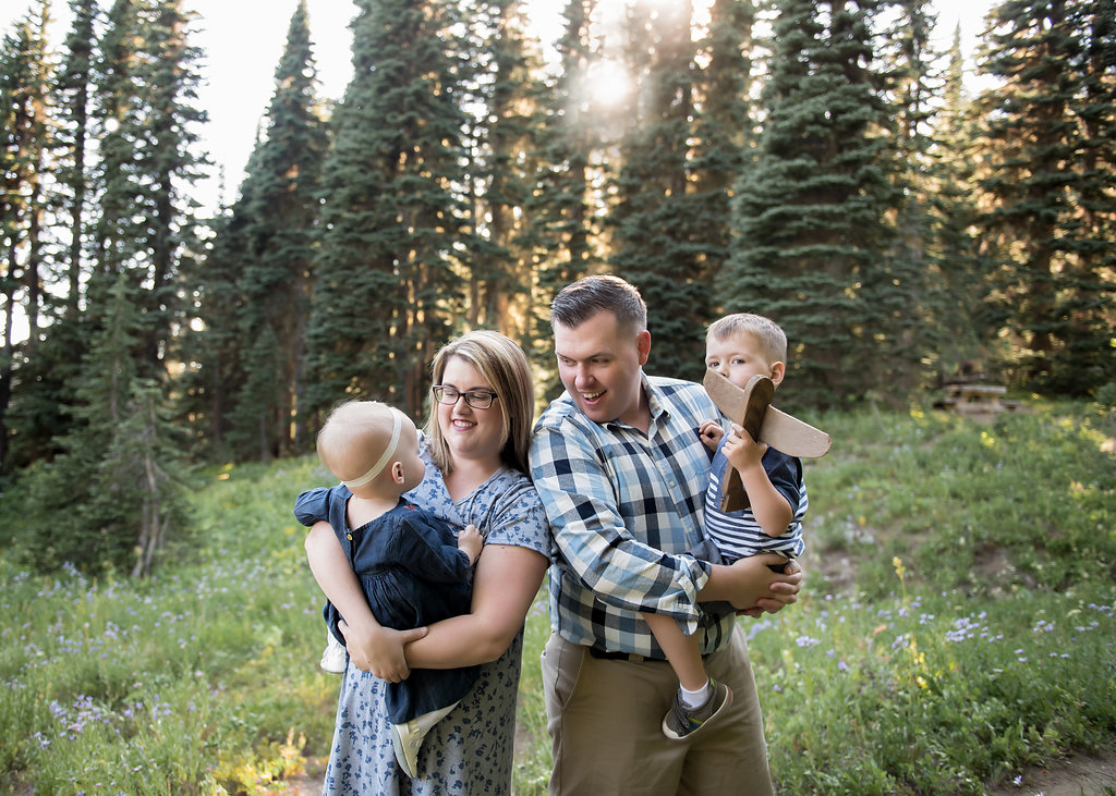 Seattle family photographer mt rainier photo session summer family pictures