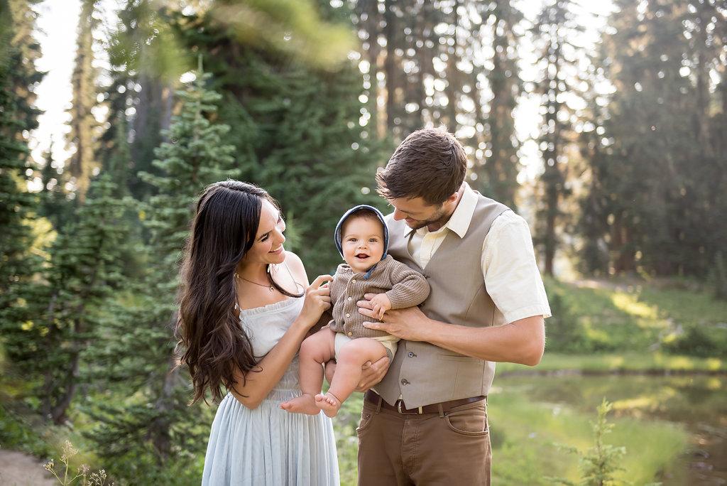 seattle family photographer tacoma family photographer mt rainier family photographer family photo session