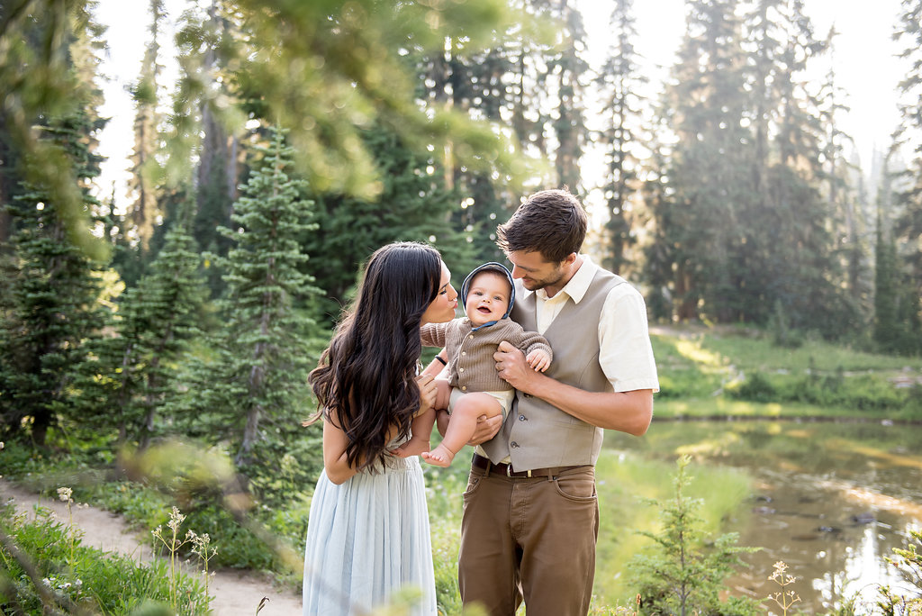 seattle family photographer tacoma family photographer mt rainier family session