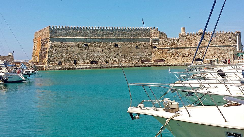 Greece_Crete_FortressHeraklion.jpg