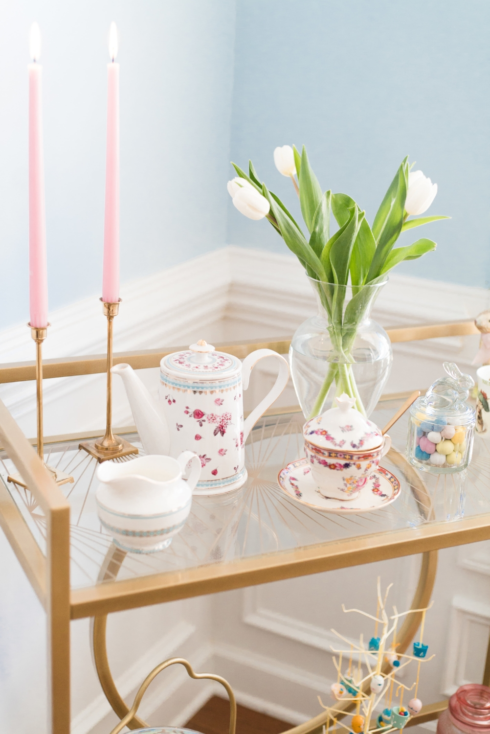 I mix and matched some pieces for the tea cart. Tulips are also one of my favorite spring flowers!