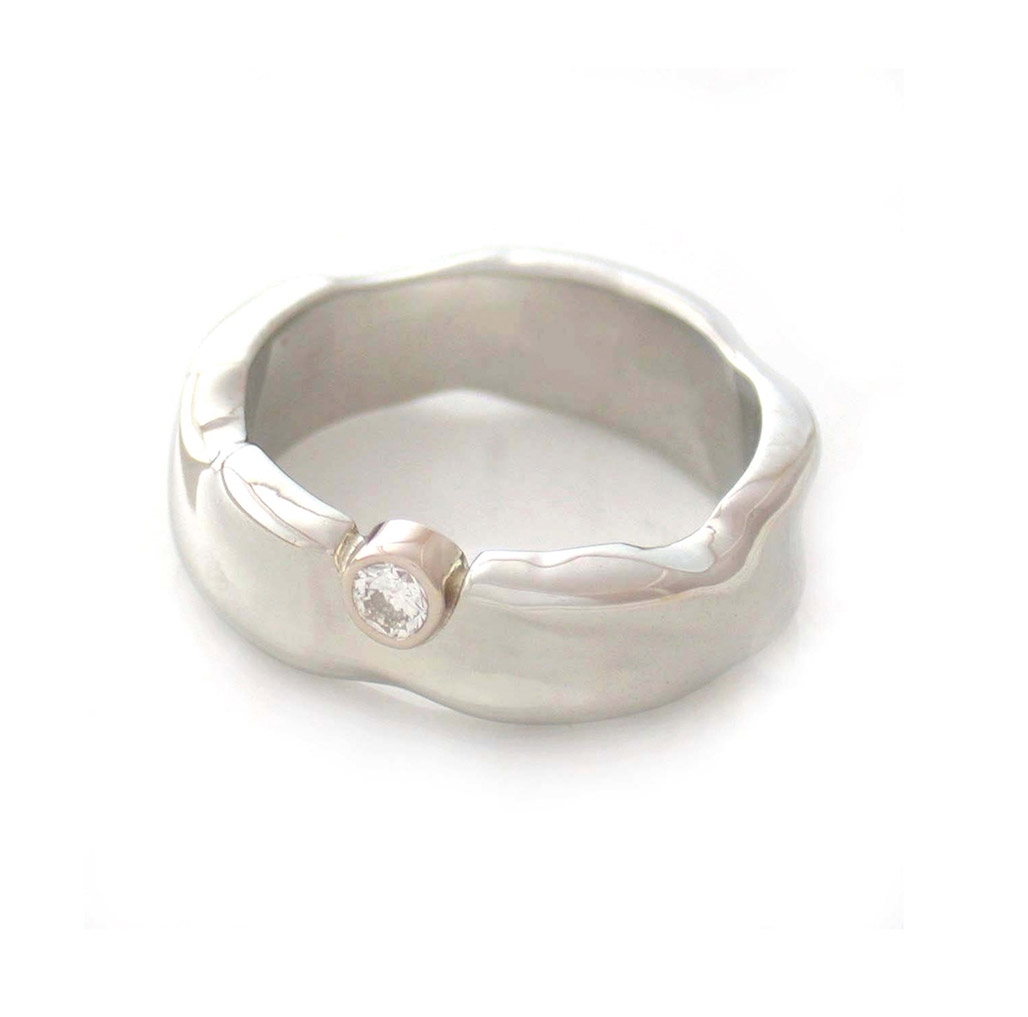 Hill + Valley Ring