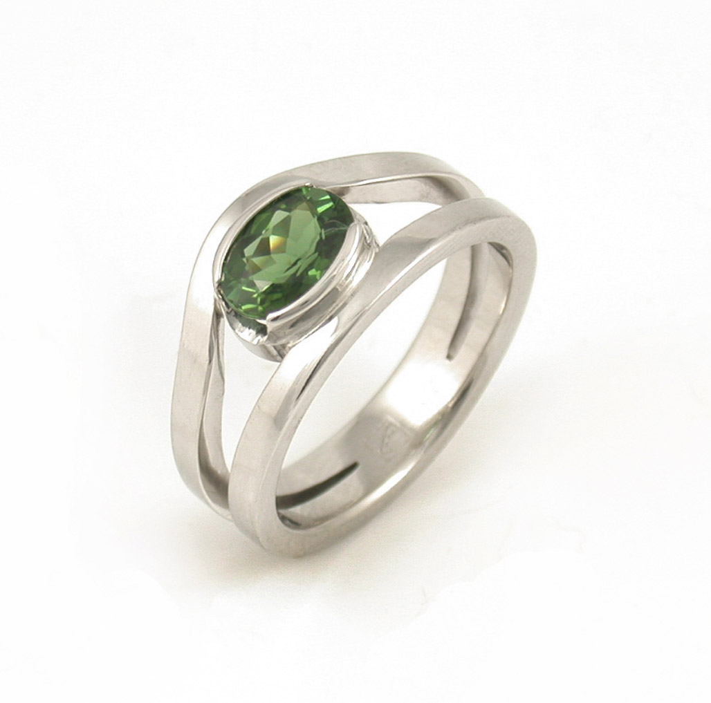 Green Sapphire Curved Split Ring