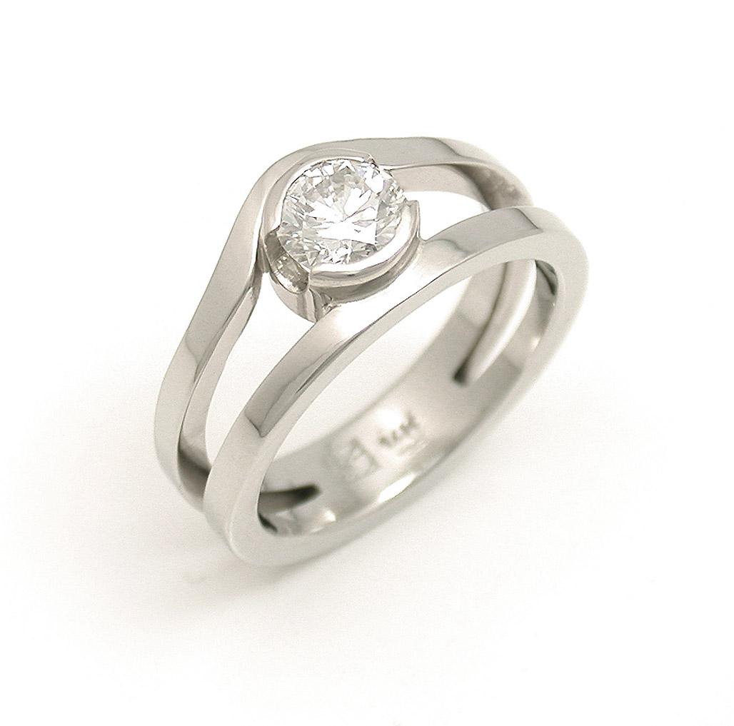 Diamond Curved Split Ring