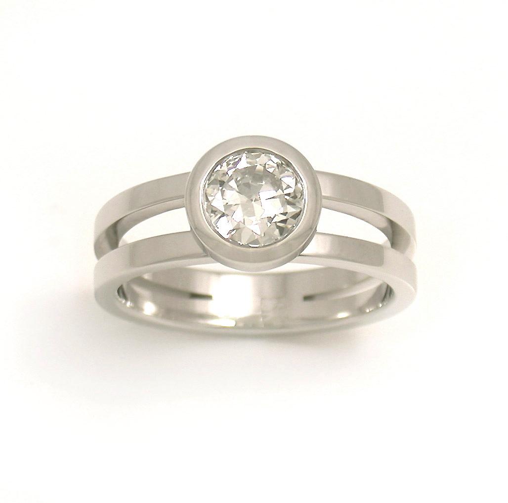 Halo Symmetric Split Ring