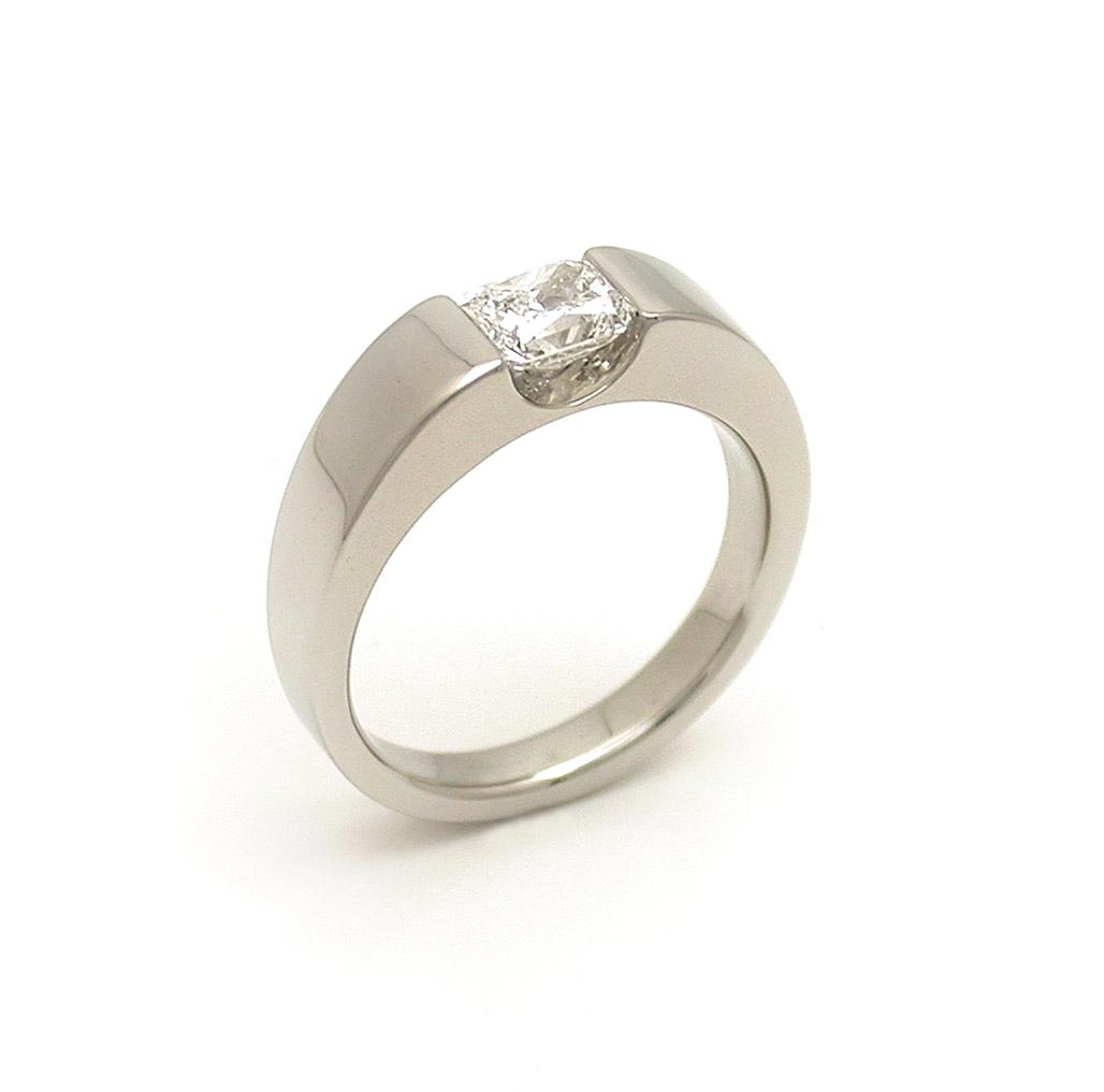 The Carolynne Ring