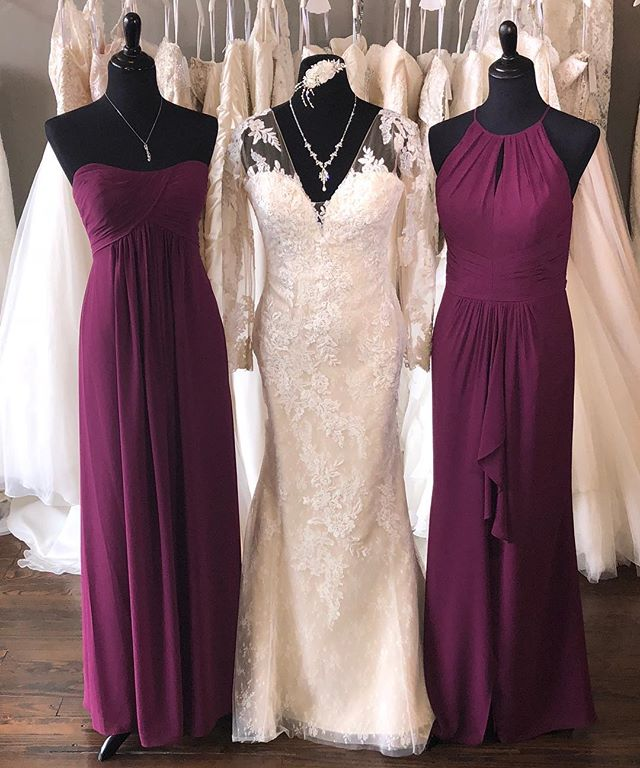 Just one of many colors perfect for your fall / winter wedding!