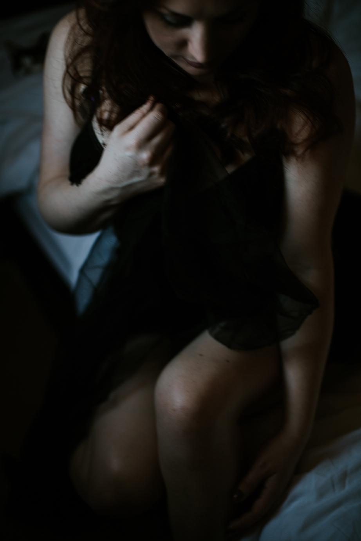 Female boudoir photography in Glasgow // Sue-Slique Photography 2017