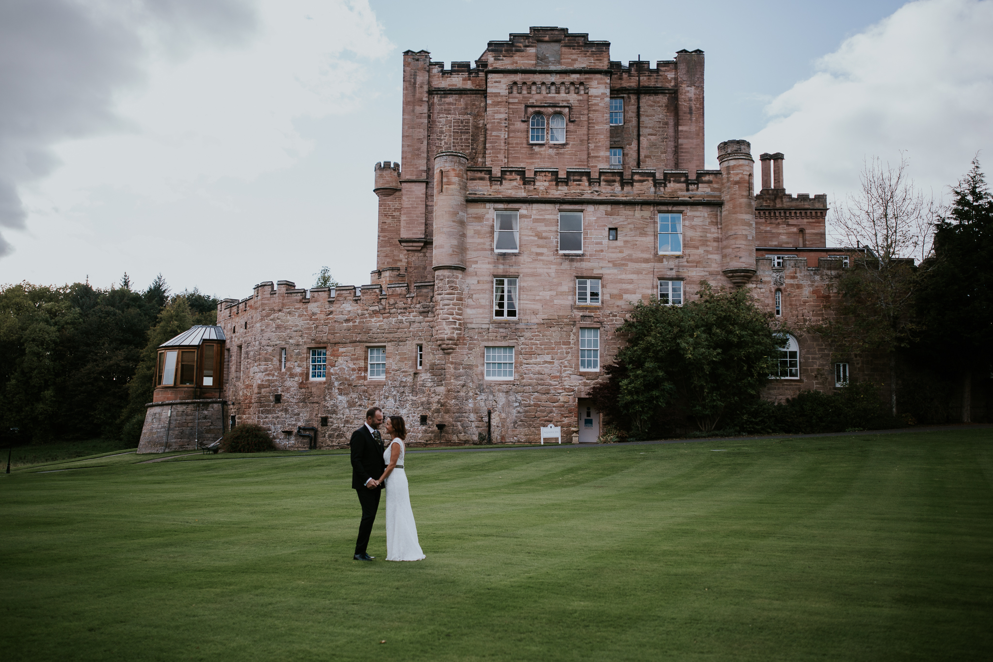 Couple shoot at the castle ground.