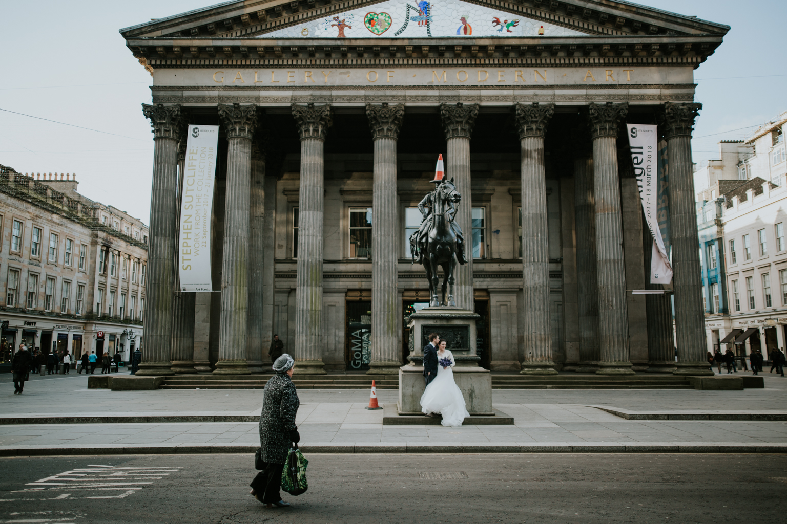 Bride and Groom at the couple shoot in the city Glasgow.