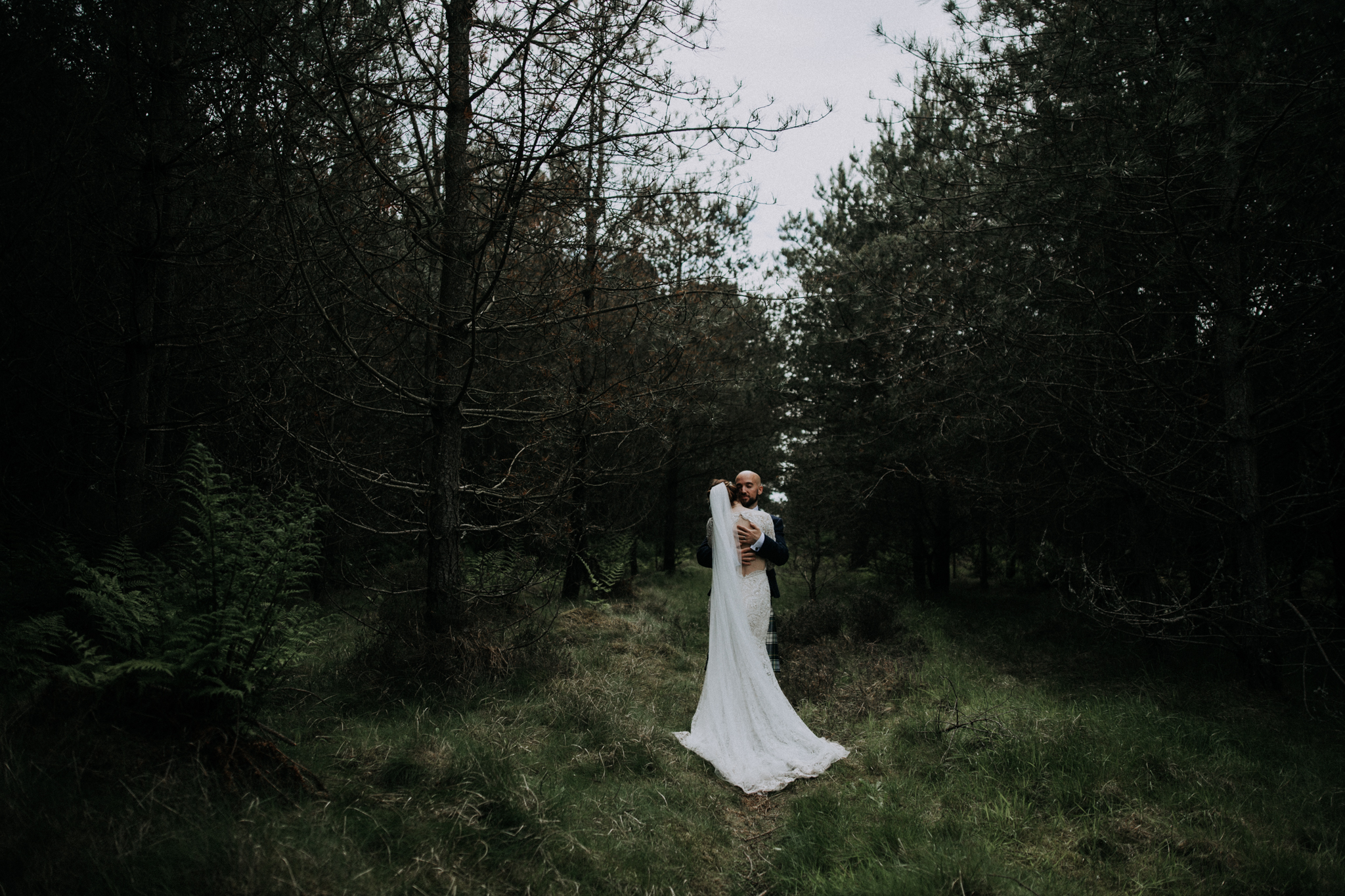 Scottish alternative and creative wedding photographer
