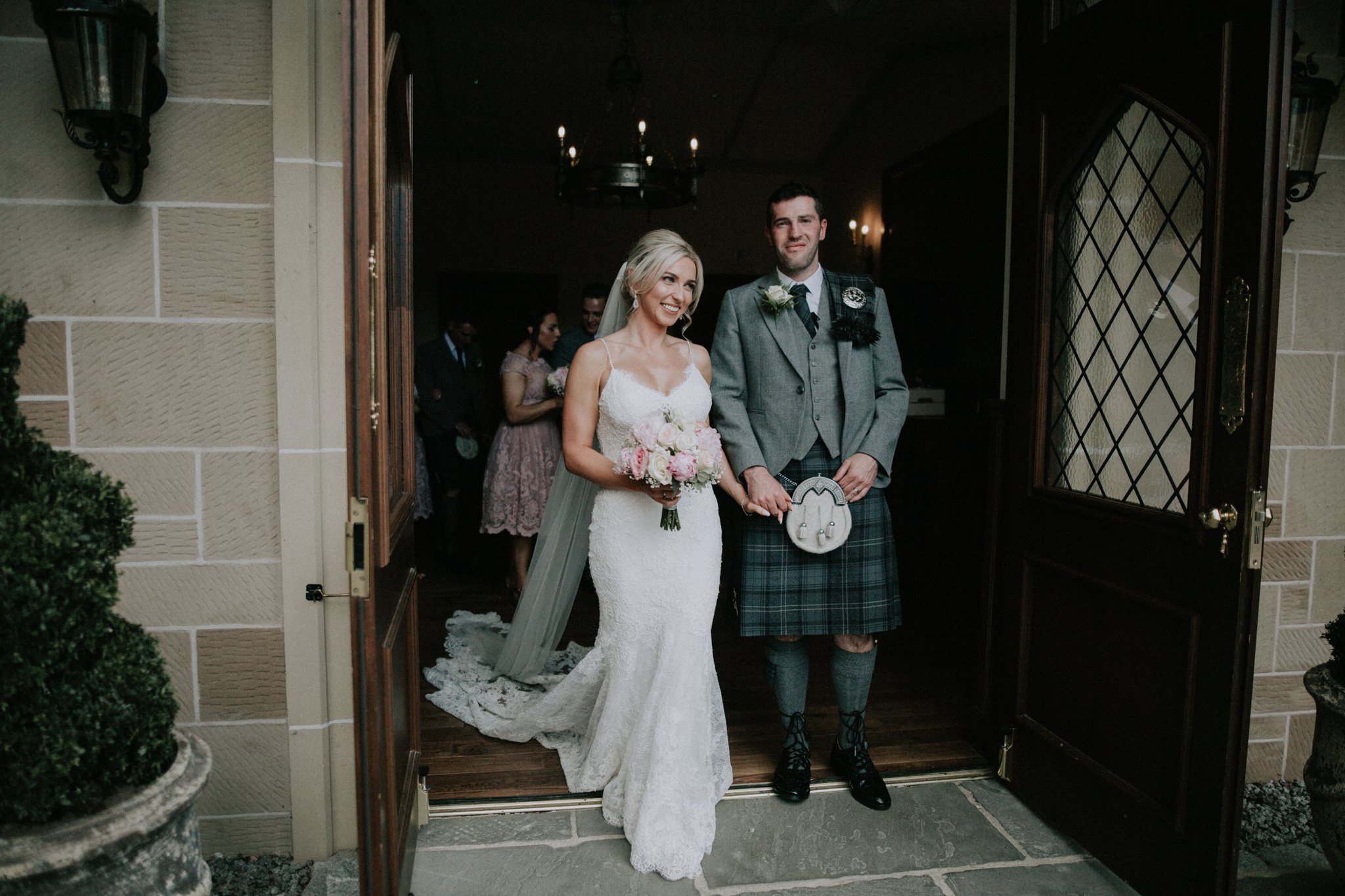 The exit as a husband and wife, Crossbasket castle