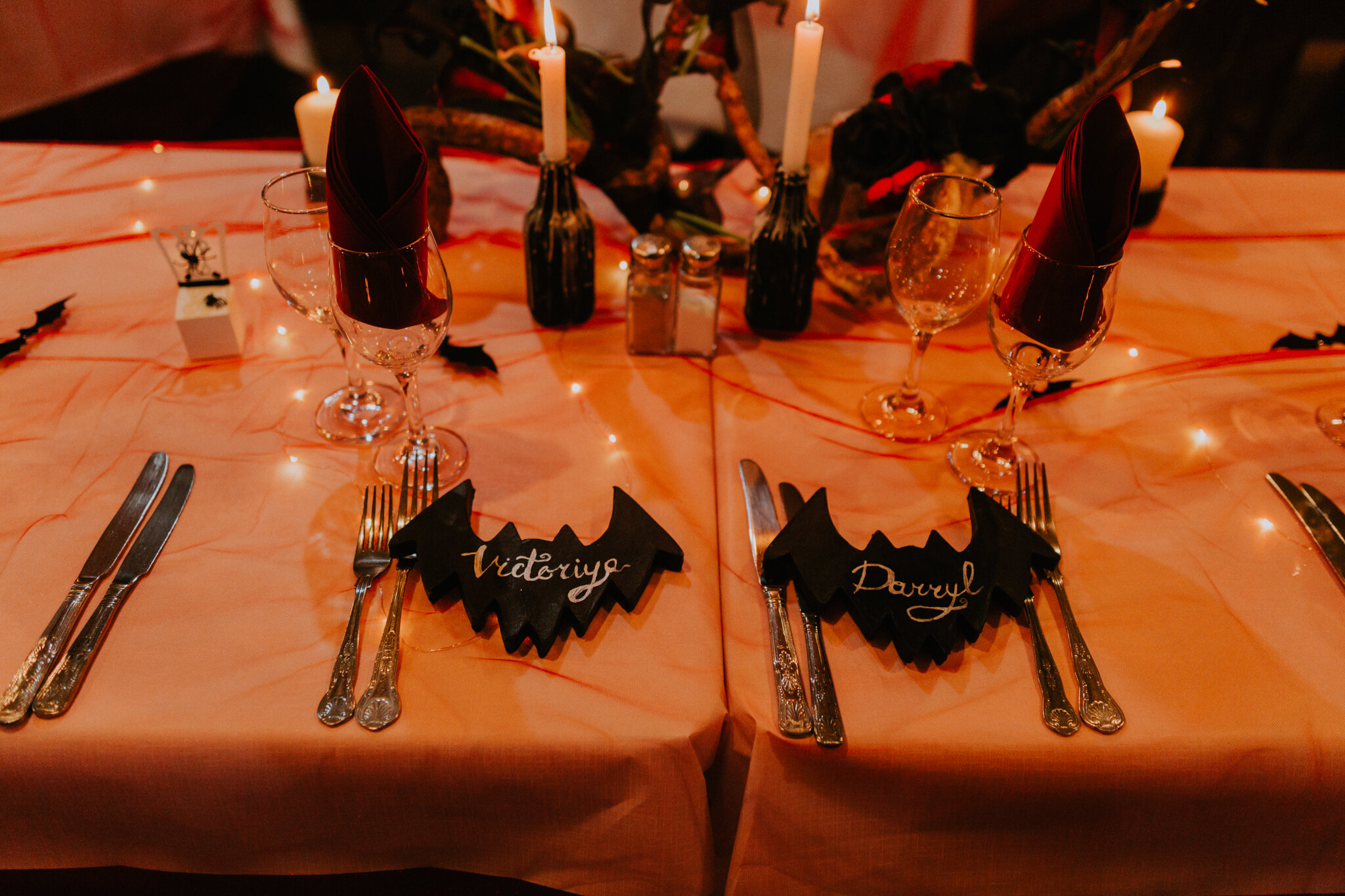 The couple's Halloween names table decor