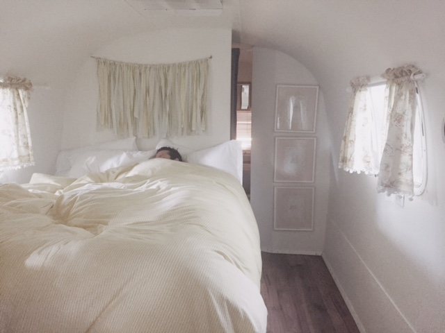 Napa Valley - the silver cloud inside bed.JPG