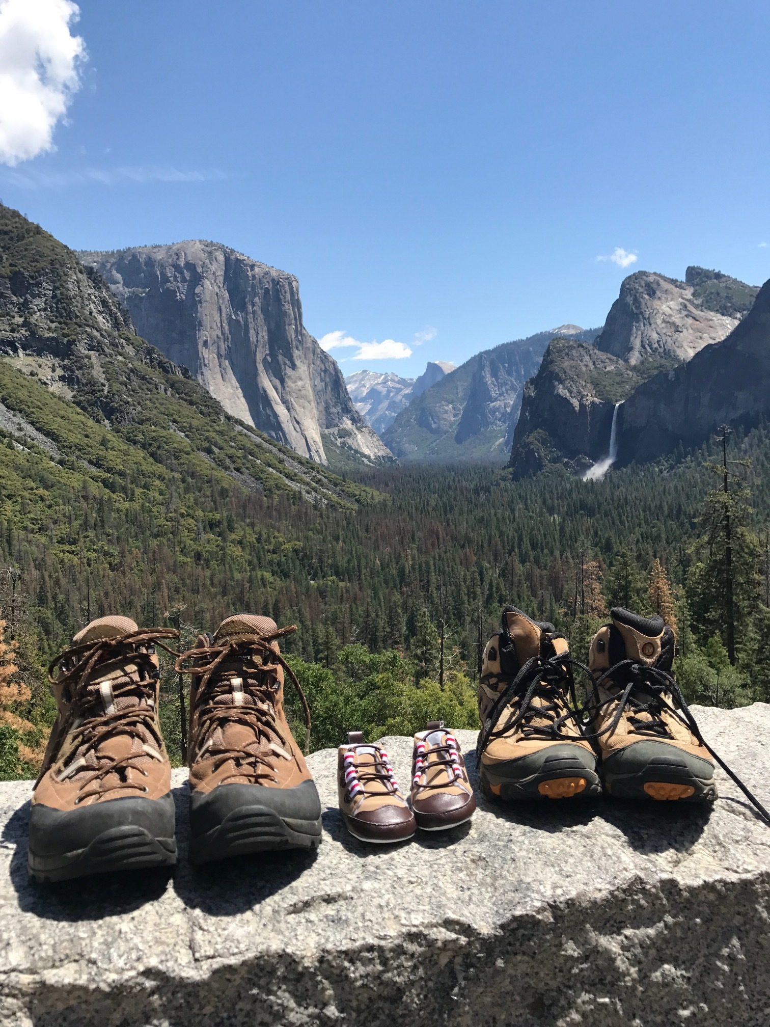 #hellobabyJvaldez ~ Spring was our last season to experience in @yosemitenps together and this time we're not alone! Baby J Valdez is due to join the world December 1st and we couldn't be more excited!!! Gender to be determined soon and names are secret until birth.