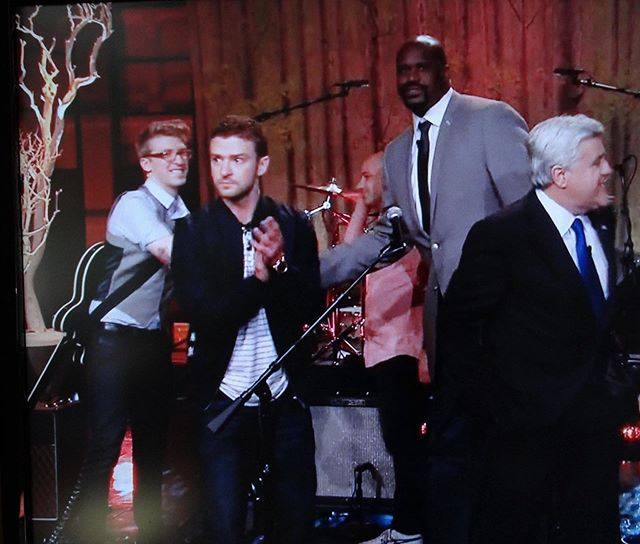 Attn Los Angeles, in less than 24 hours, you'll be receiving one @tim_mislock who will be looking to partake in all your sushi, tacos, and employment. To prove to you what a cool guy he is, here's a pic of him shaking hands with @shaq while looking (giddily) at @justintimberlake while everyone looks somewhere else. 😂 But still, he was on TV playing guitar, which gives him cool points, right? Be good to my main man, West Coast. I'll see you soon enough.