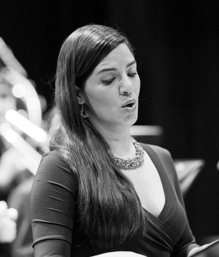 Marcela Alfaro - Mezzosoprano costarricense con una carrera activa a nivel nacional e internacional. Ha participado en festivales y recitales en por toda iberoamérica. Forma parte del grupo de música antigua Syntagma Musicum Costa Rica, ganador del Premio Nacional de Música en el 2013. En el 2007 ganó el concurso Jóvenes Solistas en Costa Rica.