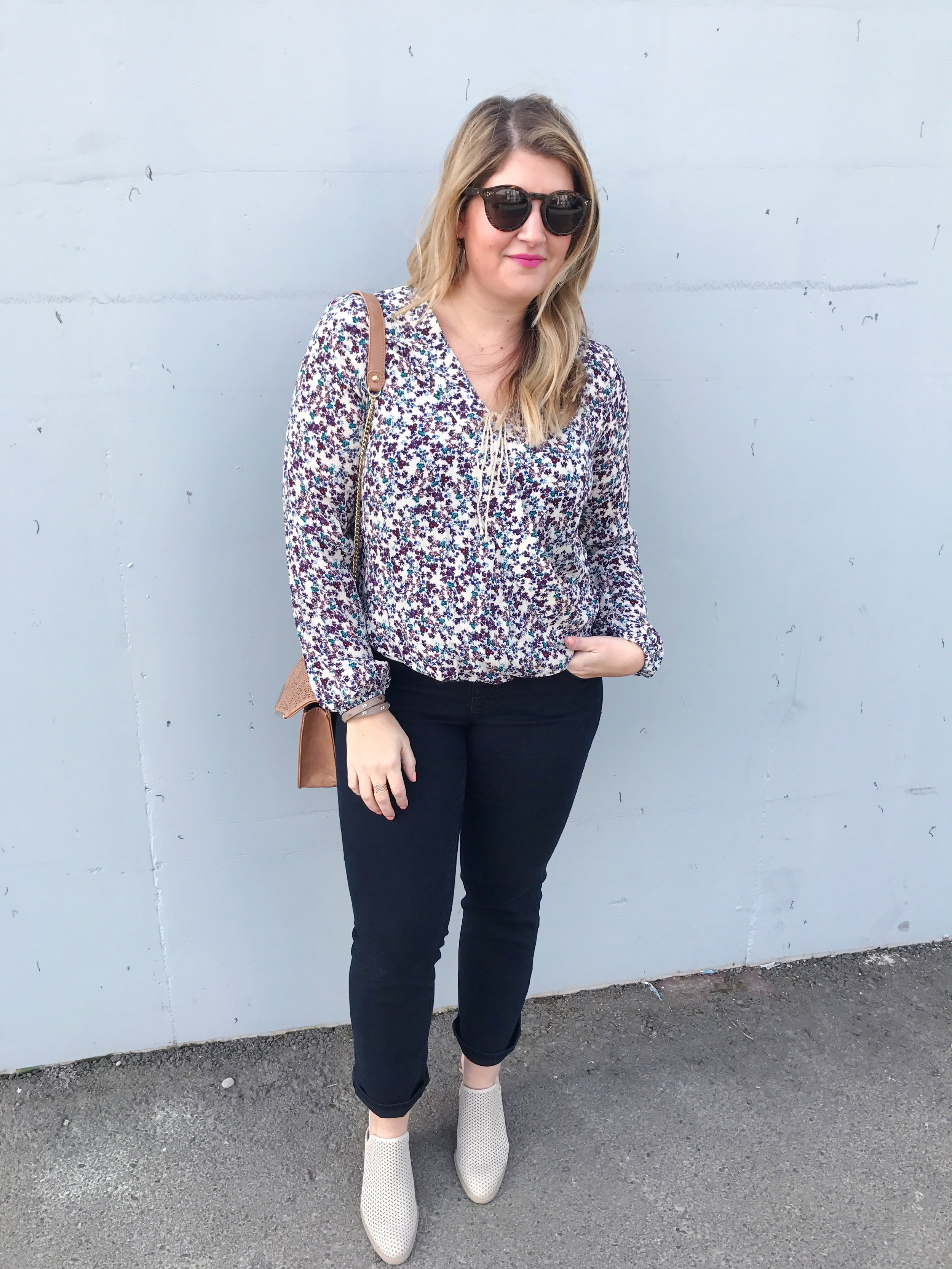 wearing my new jag jeans. paired them with a floral blouse + slip on mules
