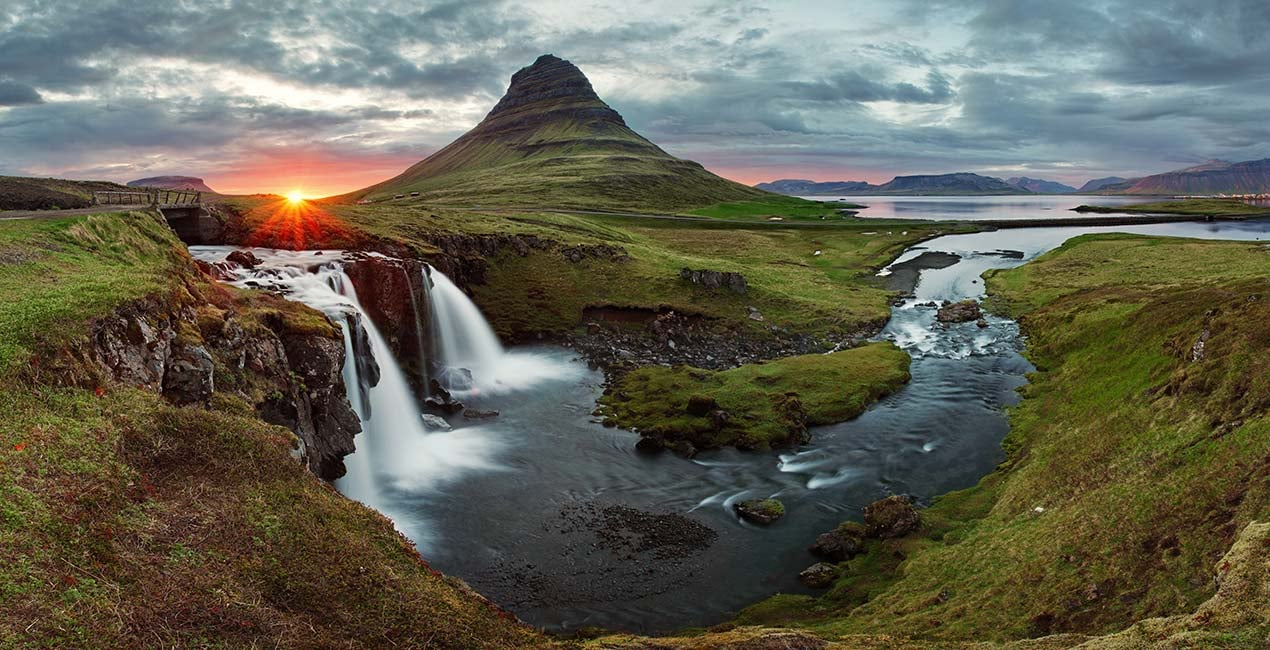 photo via http://www.icelandprocruises.com/