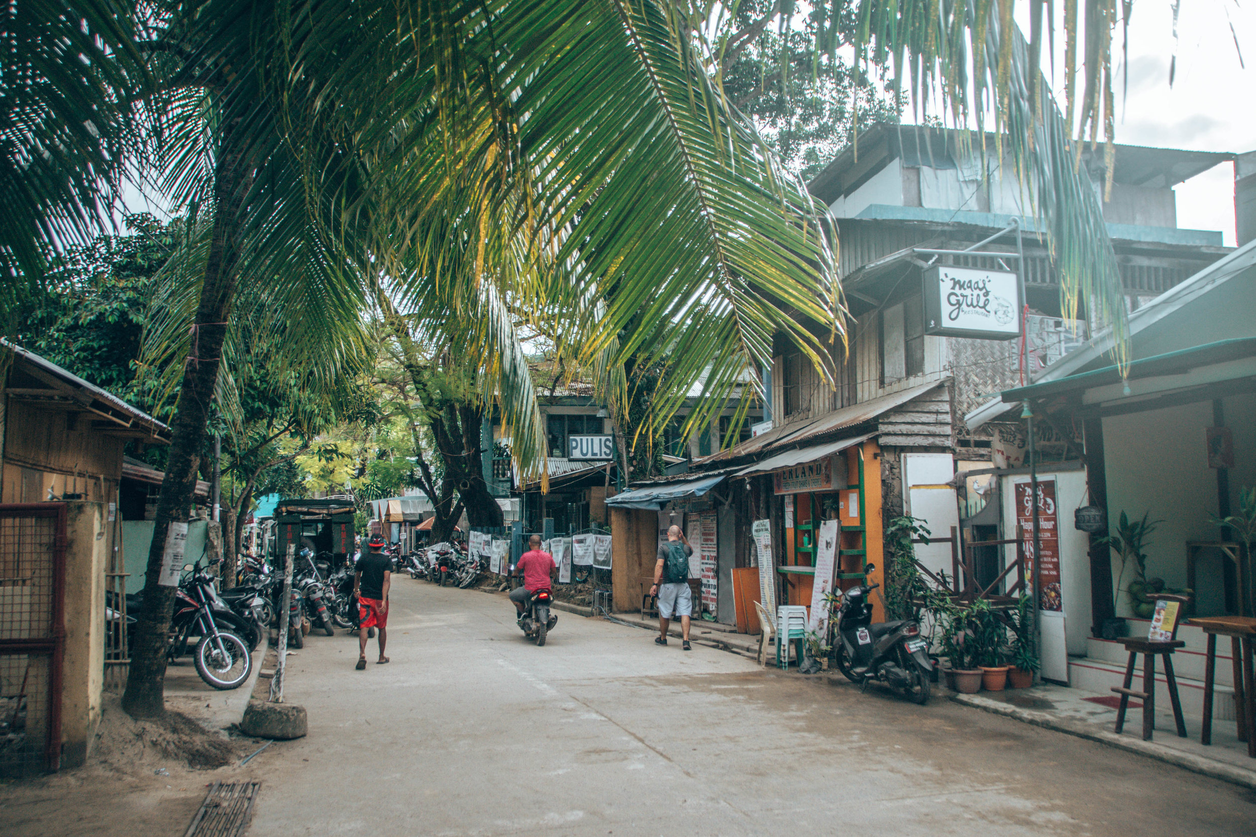 quaint small town of el nido, we loved it!