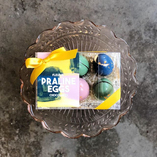 One of our favorite Easter products are our Praline Eggs!! They come in a set of three different types of praline- Malted Hazelnut, Spiced Walnut, and Crispy Honey Peanut (think like a Reese's Peanut Butter Cup but the BEST Reese's Peanut Butter Cup ever).🤩 They come in an egg carton and you'll get two of each flavor! Swing by the shop to grab some or order them online!👌🏻