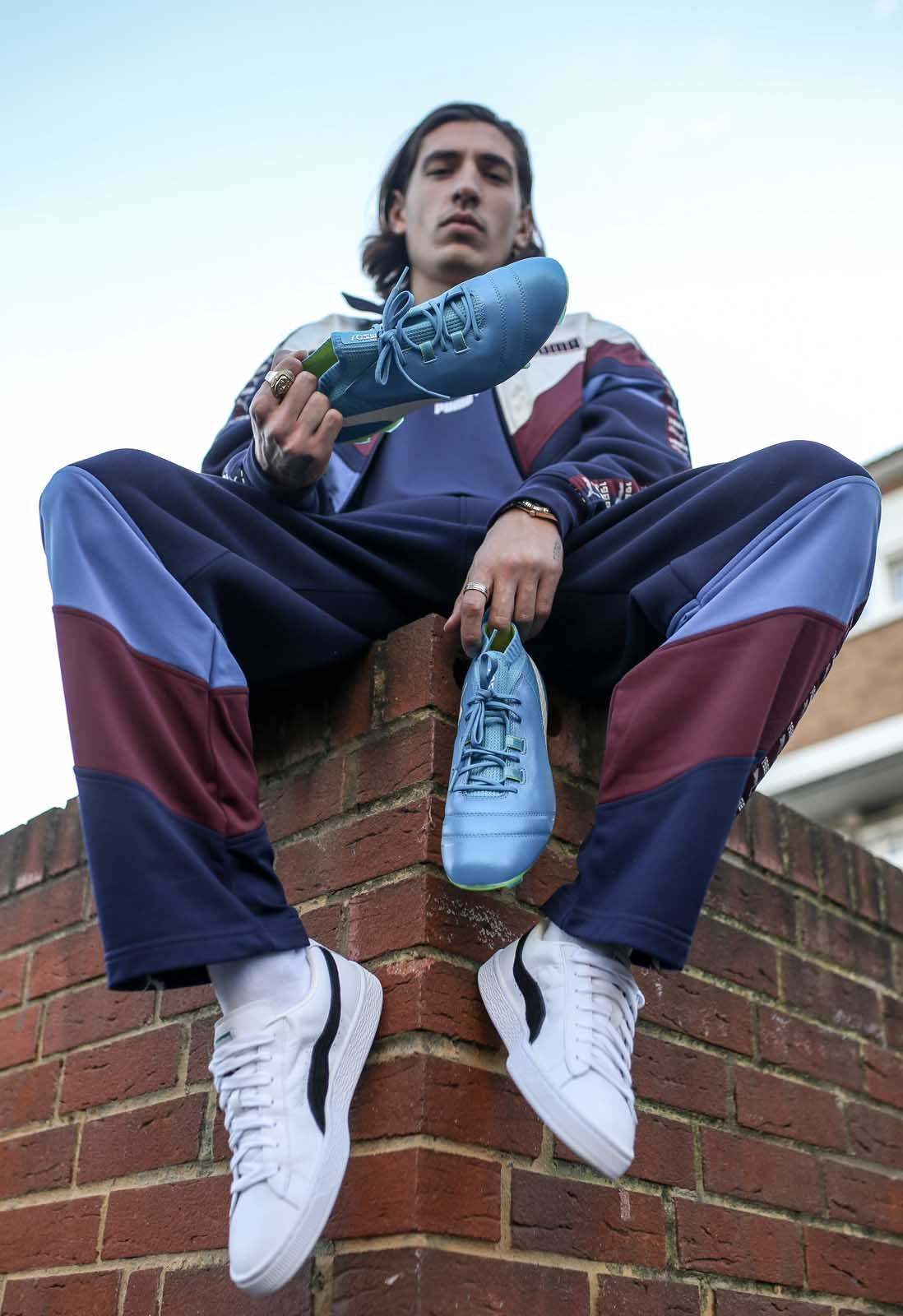 12-bellerin-one-lookbook-puma-min.jpg