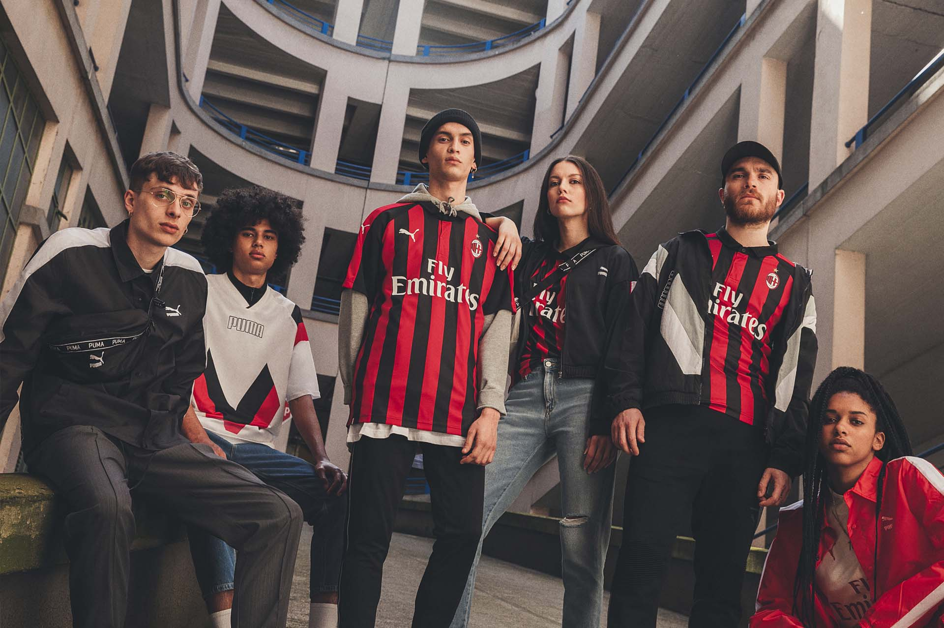 10body-ac-milan-home-18-19.jpg