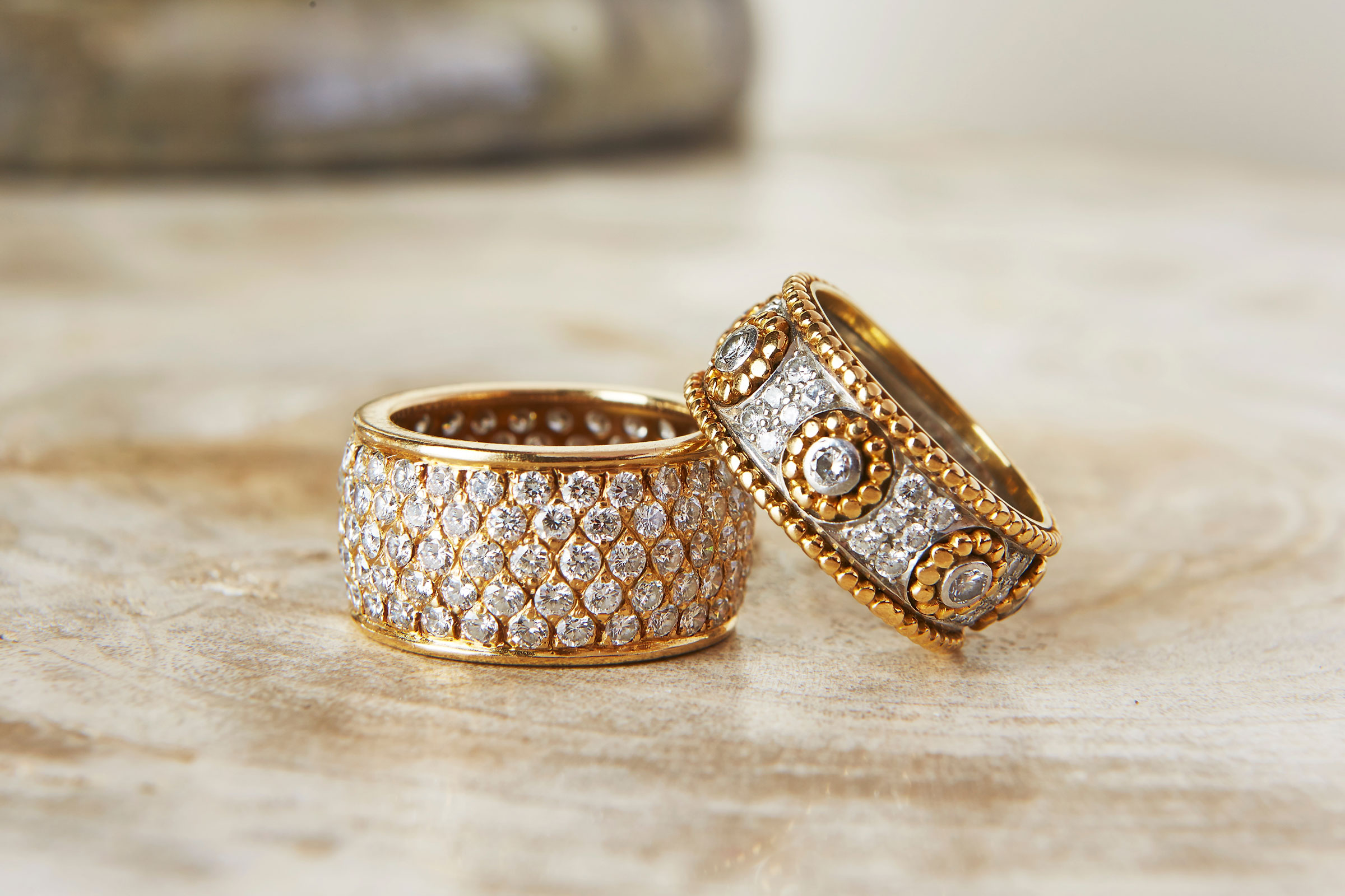 diamond-gold-rings.jpg