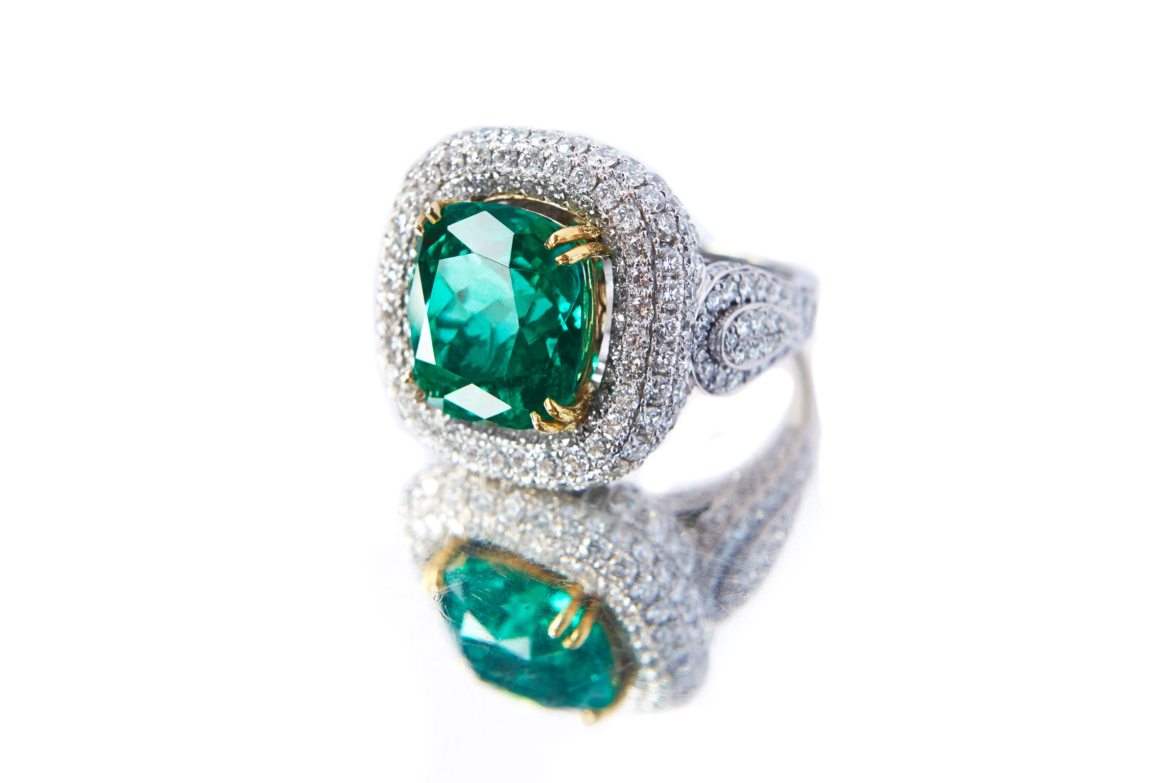 emerald-ring.jpg