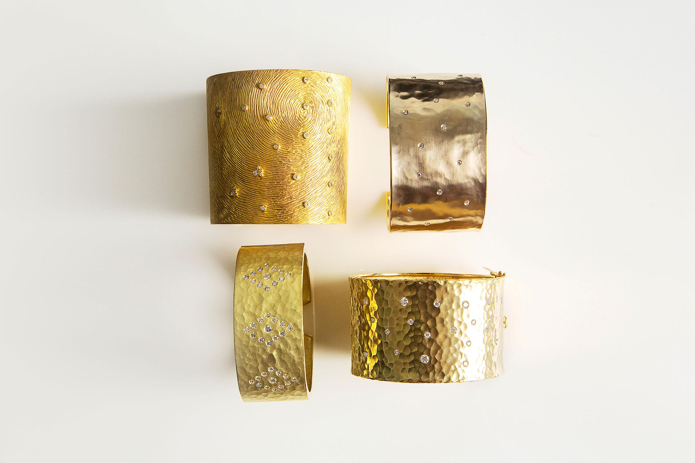 gold-braclets2.jpg