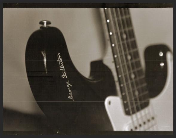 Sepia Guitar.png