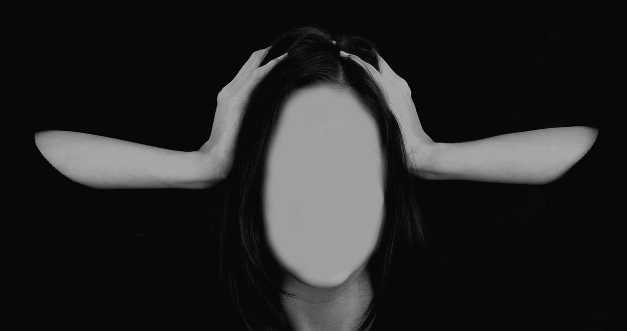woman-2696386_1280.jpg