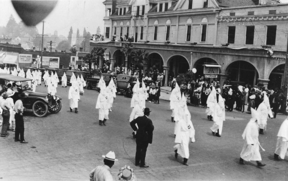 Marcha del KKK en los años de la prohibición