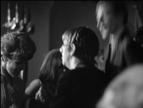 Ringo Starr baila junto a Clifford Geertz en  A Hard Day's Night