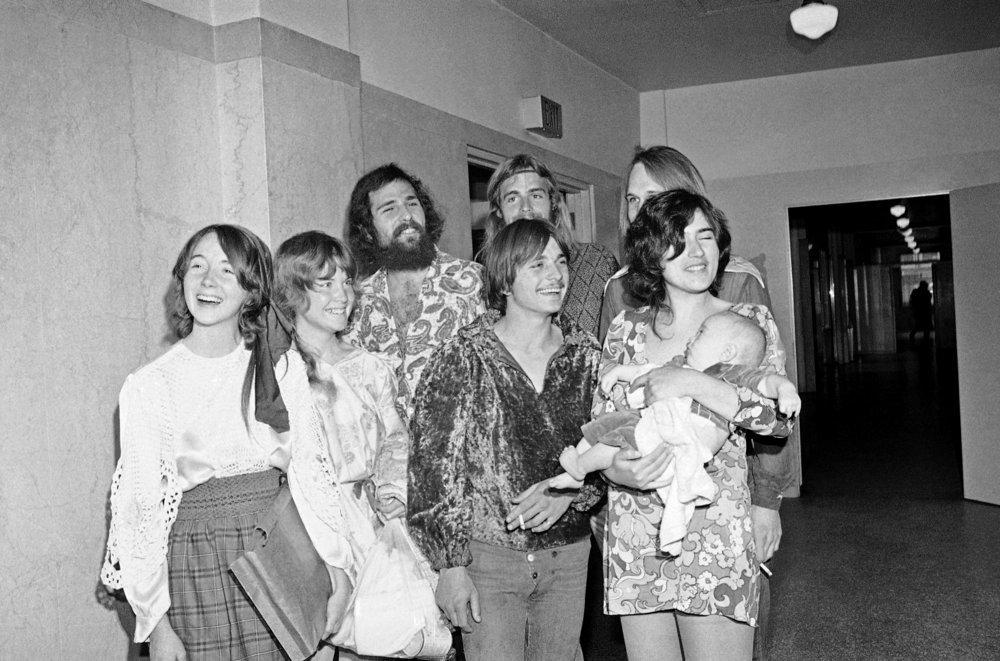 Fromme, a la izquierda, en una de las sesiones del juicio contra Manson