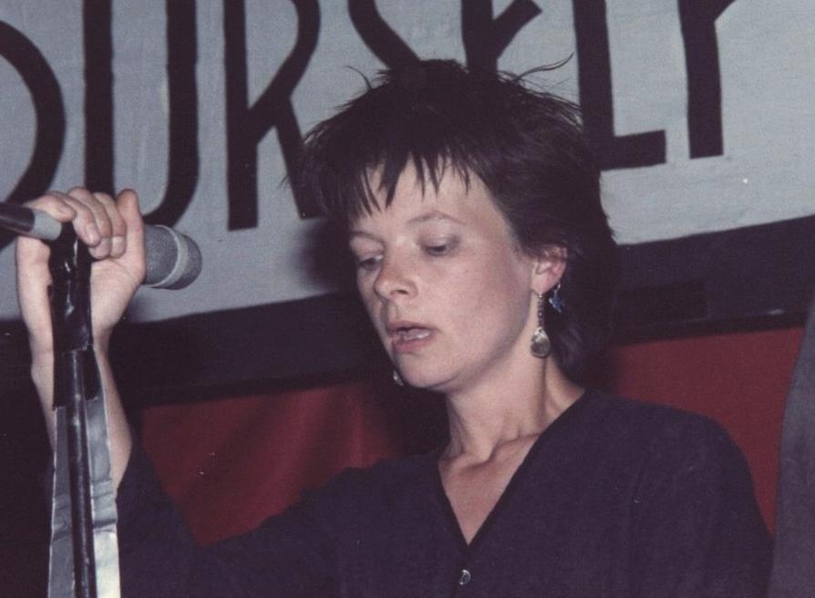 Eve Libertine (mayo de 1984)