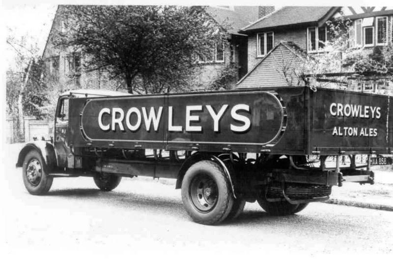 Camión de reparto de las cervezas Crowley