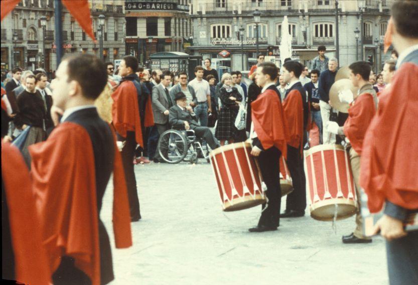 Protesta de los chicos del TFP-Covadonga en la Puerta del Sol. Archivo TFP-Covadonga