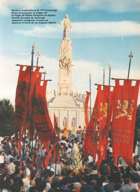 Acto de «reparación» en el Cerro de los Ángeles, Madrid. Archivo FTP-Covadonga