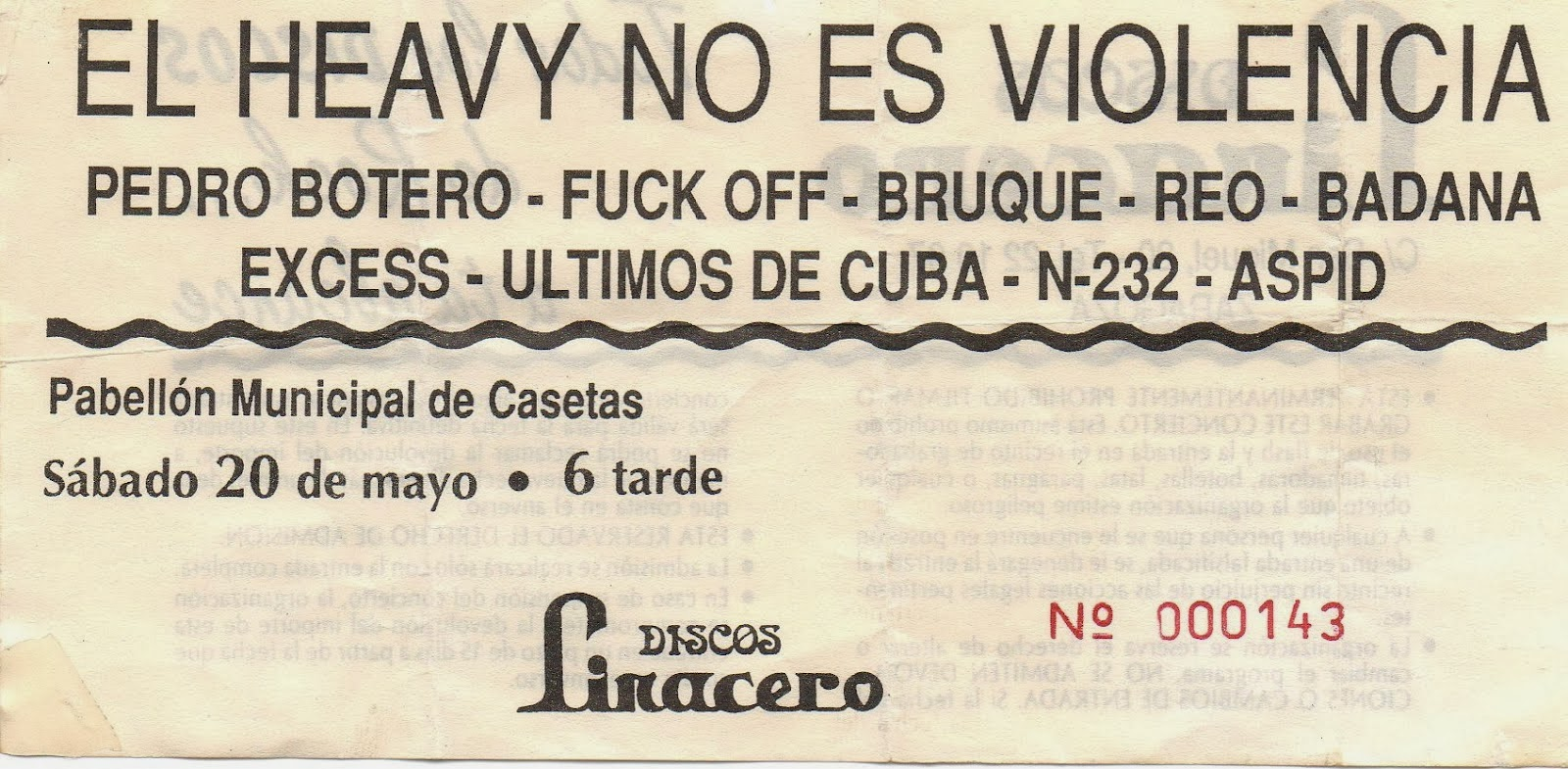Varias entradas de la campaña «El heavy no es violencia»