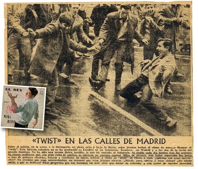 La imagen que desató la polémica. Fans del pop bailan en pleno centro de Madrid, a las puertas del Price.