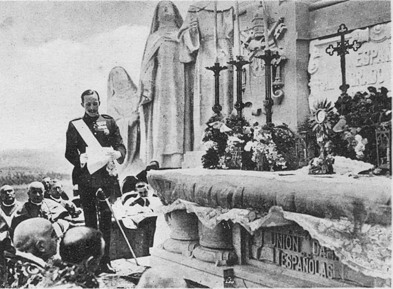 Alfonso XIII en la inauguración del monumento