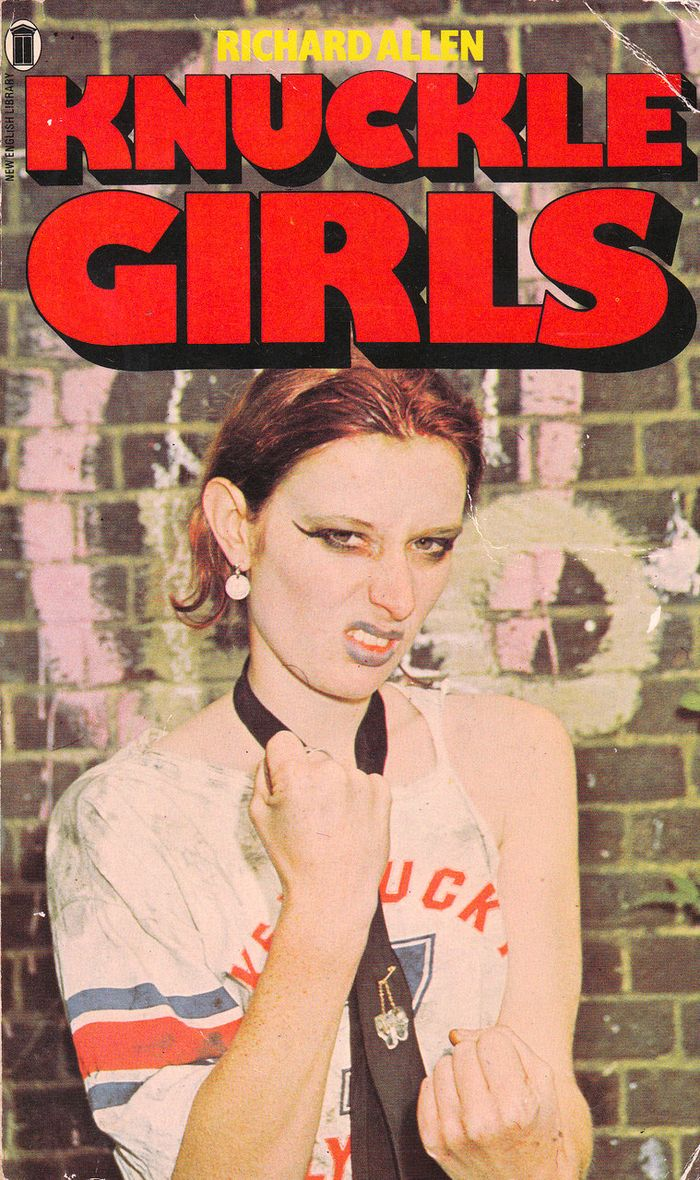 f8d4073ba3efede043427ee2b003b875--girl-gang-pulp-fiction.jpg