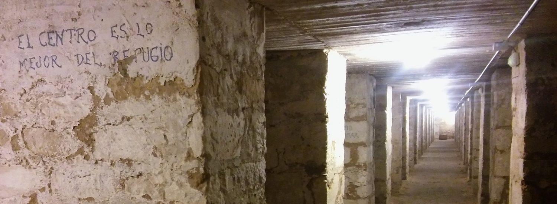 20170802-un-impactante-recorrido-subterraneo-por-la-guerra-civil-pasillo-central-del-refugio-de-seneca-1500x550.jpg