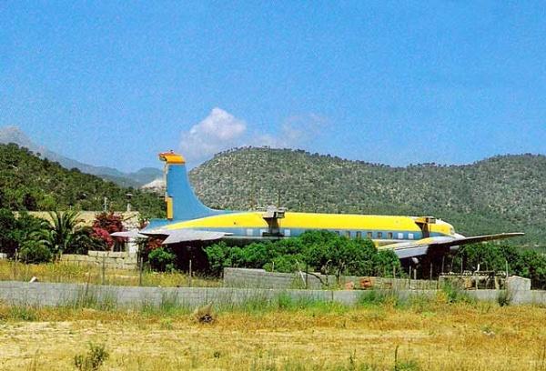 Avión-discoteca en Portals Vells (cerca de Son Ferrer)