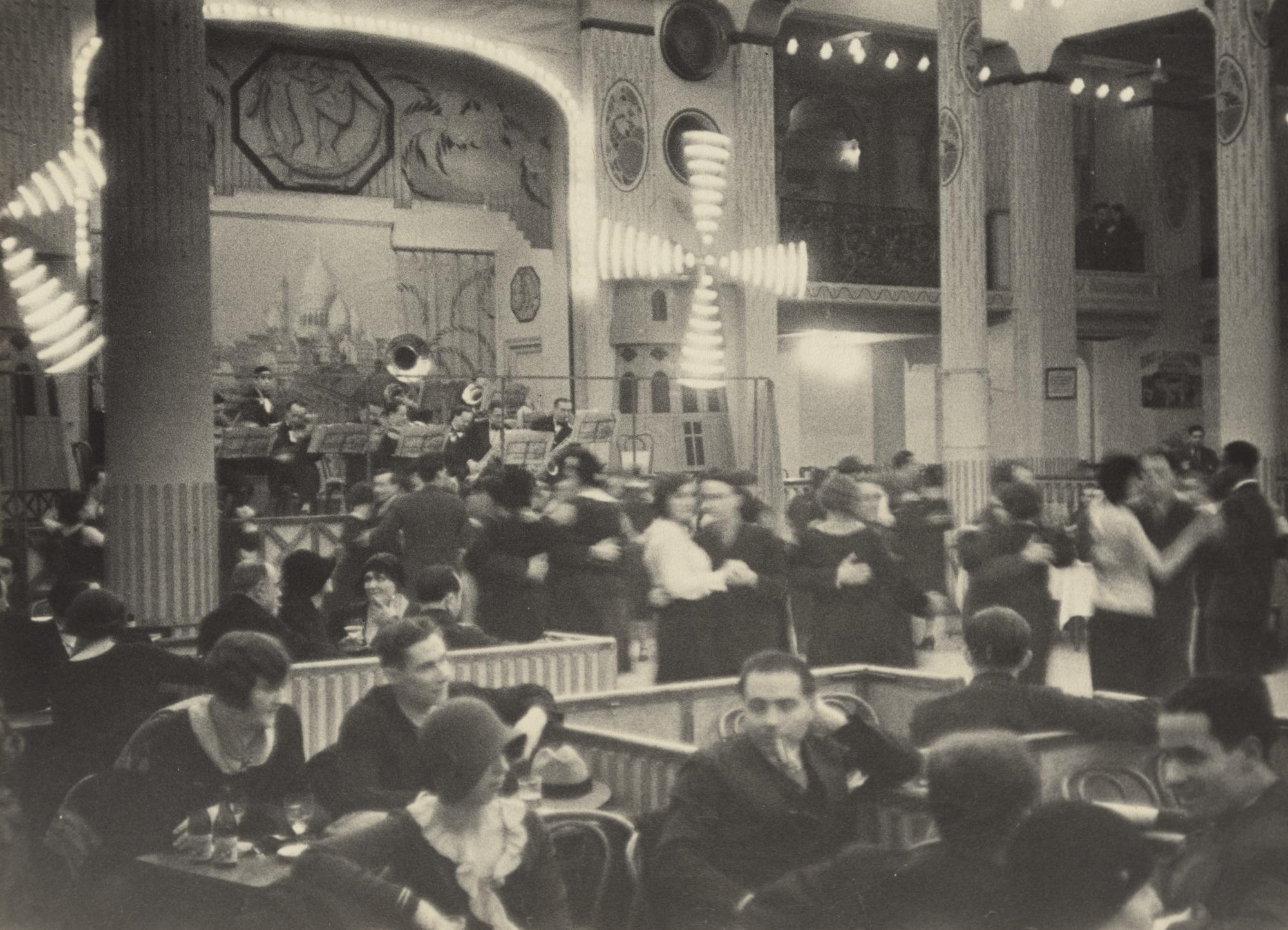 Moulin rouge 1931.jpg